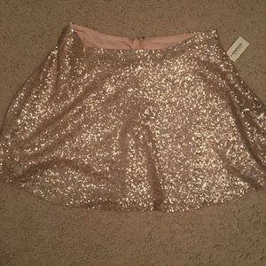 Nwt Aeropostale sequin skirt champagne size large